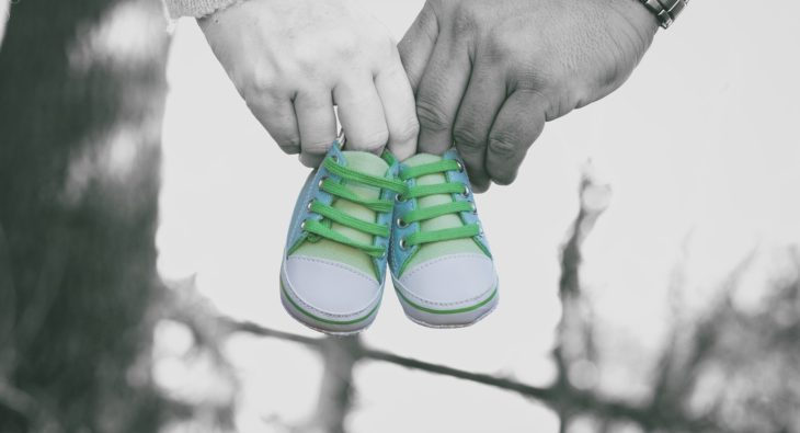 Which-Parent-Has-Custody-of-the-Child-if-The-Parents-Are-Not-Married